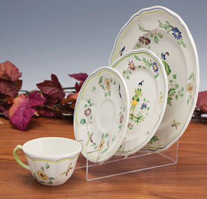 Dinnerware Display Stands | websiteformore.info