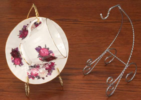 Cups and Saucers:  Wire Cup & Saucer Stands