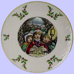 Royal Doulton Annual Christmas Plate - Young Victorian Christmas Carollers