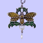 Nouveau Bee Pendant Costume Jewelry
